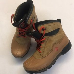Columbia Omni-Heat Kids Snow Boot Size 6 Brown